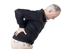 Причины болей спине при панкреатите